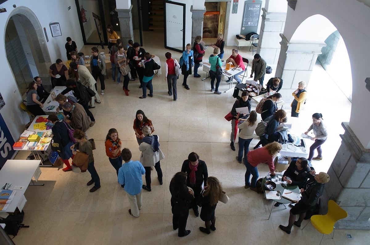 Vabilo k soustvarjanju konference Od globalnih izzivov do globalnih državljanov: kako naslavljati občutljive teme in ustvarjati prostore sobivanja?